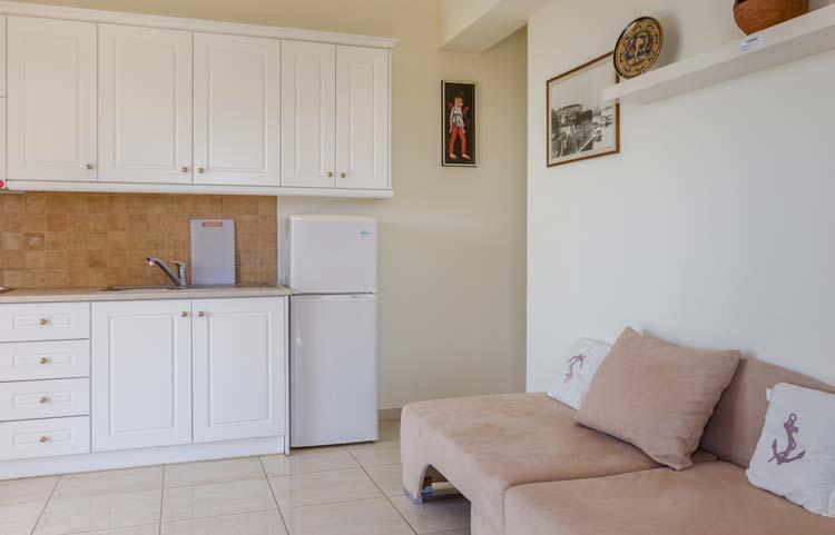 sarakinos-apartments-barbati-2bd50-livingroom-02