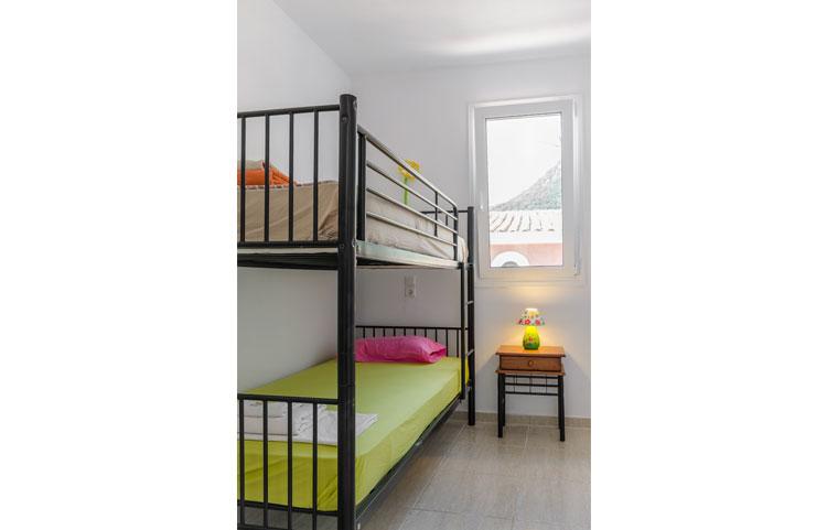 sarakinos-apartments-barbati-2bd55-bedroom-03