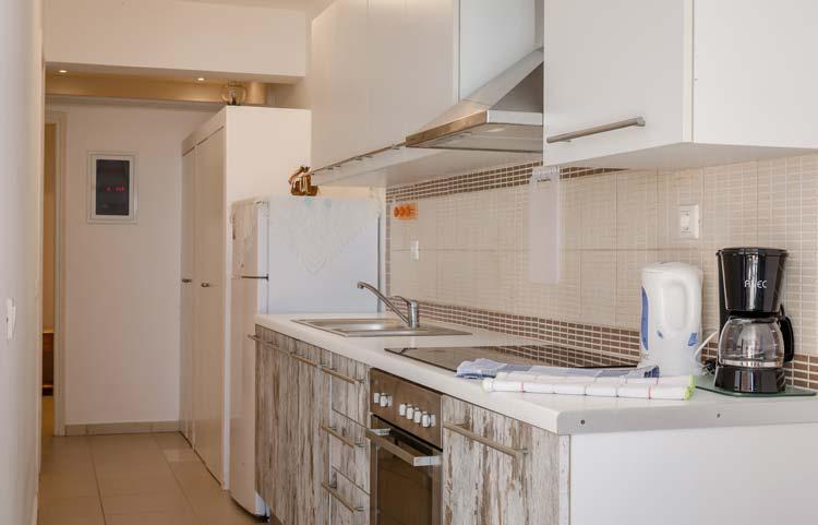 sarakinos-apartments-barbati-grf-kitchen-01